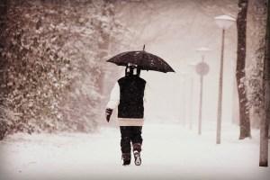 北海道あるあるネタ:雪でも傘はささない