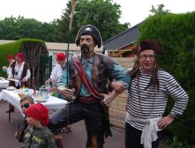 Le pirate Georges avec son garde du corps !