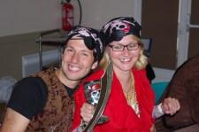 Un couple de gentils pirates !