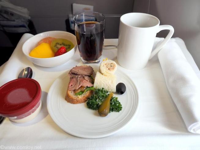 マレーシア航空 MH89 ビジネスクラス機内食