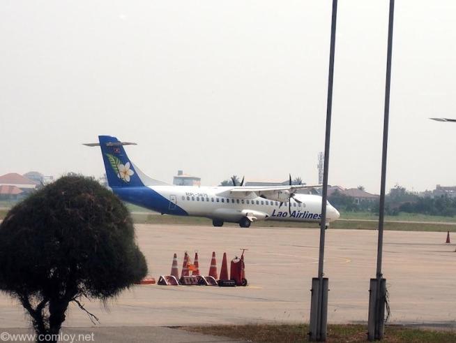 ラオス国営航空 ATR-72-500