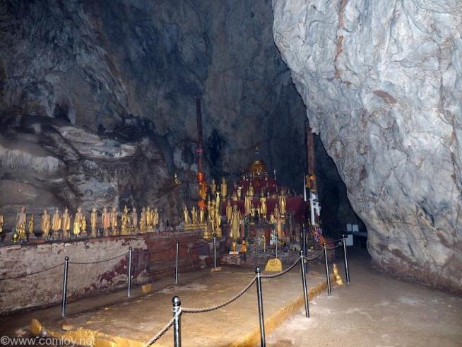 パクオウ洞窟 タム・ブン