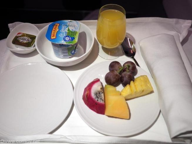 マレーシア航空 MH88 クアラルンプール - 成田ビジネスクラス機内食
