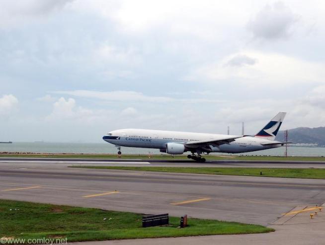 香港空港 キャセイパシフィック航空着陸