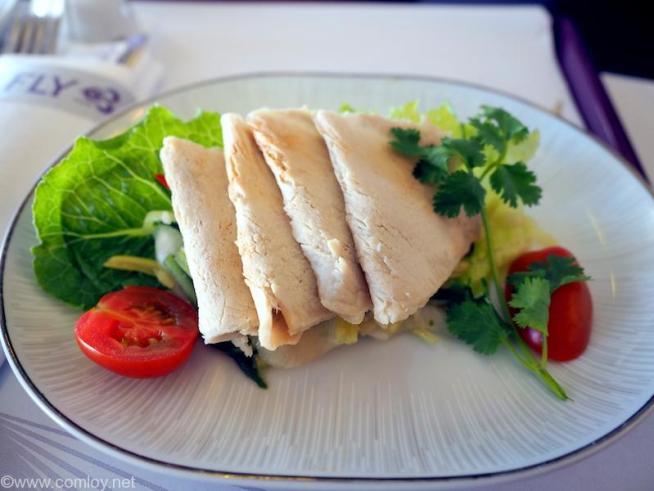 タイ航空 TG601 香港(HKG) - バンコク(BKK) ビジネスクラス機内食 First Course Simmered Pork Loin with Thai Marinated Sauce