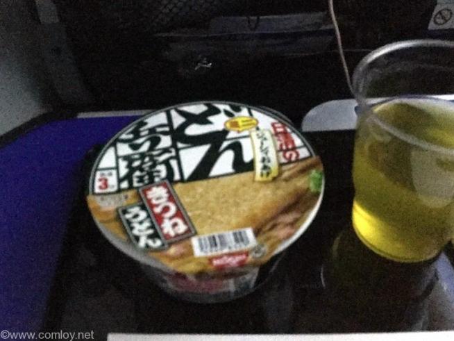 NH803 成田 - シンガポール プレミアムエコノミー 機内食