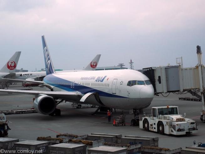 ANA2158 沖縄 - 成田 JA8324 Boeing767-381 25655/465 1992/11