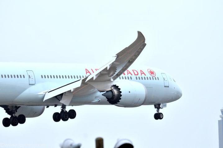 AIR CANADA , C-FNOH Boeing787-9 35267/366 2015/11