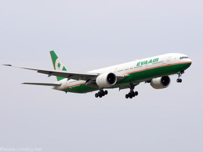 エバー航空 ( EVA AIR ) B777-300 機体番号B-16708 B777-300 型式Boeing777-35E/ER 製造番号33752/658 登録2007/08。