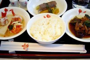 China Airline CI18 TAIPEI - NARITA First Class 機内食
