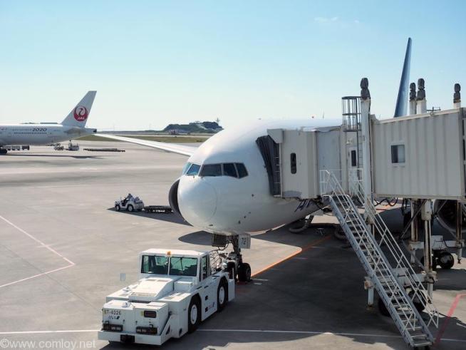 JA712A B777-200 Boeing777-281 33407/495 2004/10