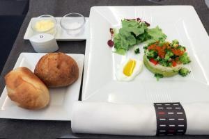 日本航空JL707 成田 - バンコク ビジネスクラス 機内食