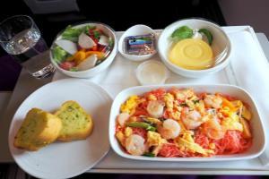 マレーシア航空 MH783 バンコク ー クアラルンプール ビジネスクラス機内食