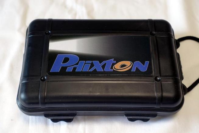 Phixton L2 LED IPX6防水懐中電灯