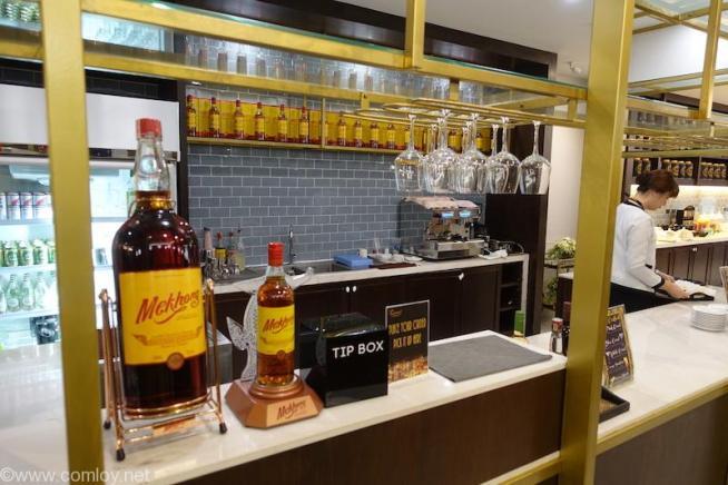 ドンムアン空港(Bangkok Don Mueang Intl) The Coral Executive Lounge buffet _10