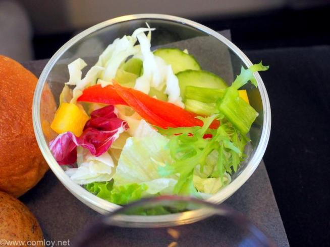 日本航空 JL814 台北(桃園) - 関西 ビジネスクラス機内食 フレッシュサラダ