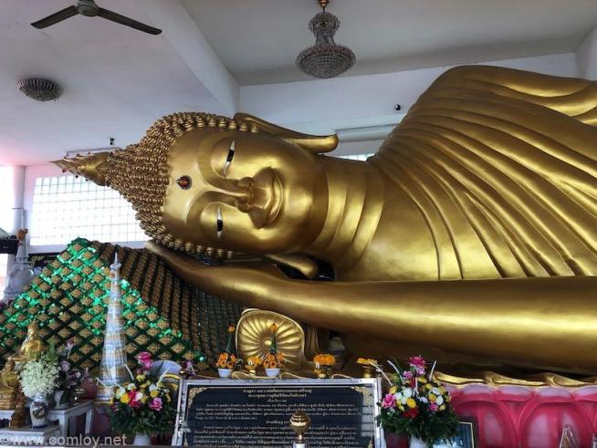 Wat Worachanyawat (ワット・ウォラチャンヤワート)涅槃像