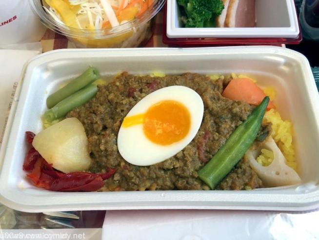 日本航空 JL29 羽田 - 香港 エコノミークラス 機内食 メイン