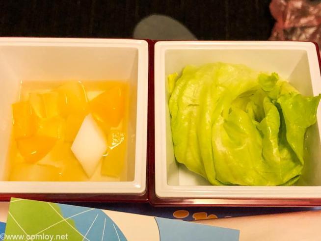 日本航空 JL006 羽田 - ニューヨーク プレミアムエコノミークラス機内食 フルーツカクテル