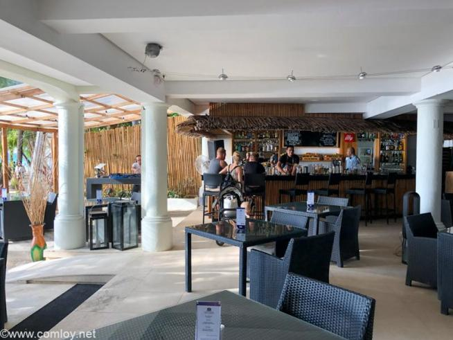 ボラカイ島 Villa Caemilla (ヴィラ・カエミラ・ビーチ・ブティック・ホテル)