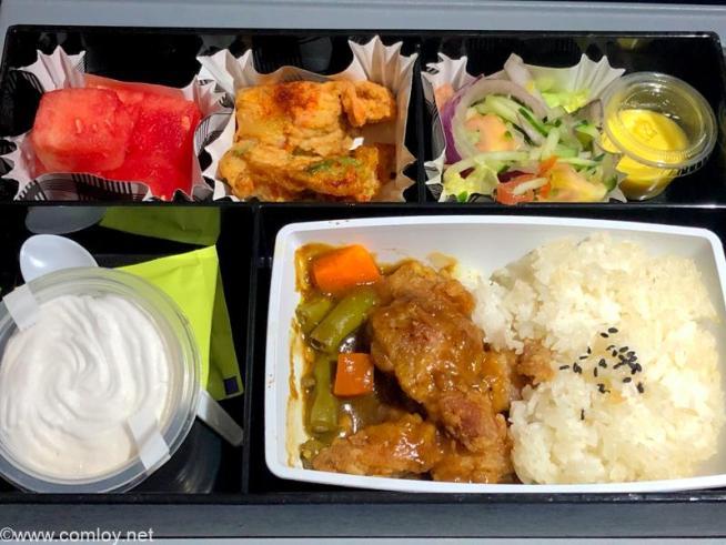 フィリピン航空 PR424 マニラ - 羽田 エコノミークラス 機内食