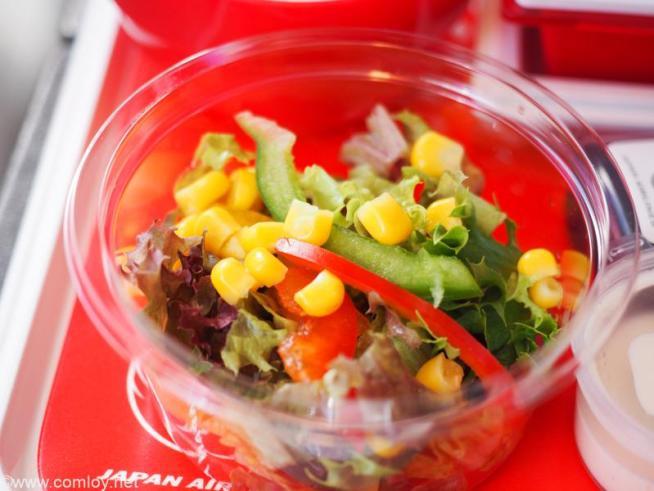 日本航空 JL32 バンコク - 羽田 エコノミークラス機内食 フレッシュサラダ