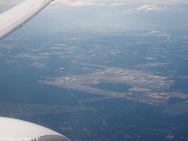 上空から見るクアラルンプール空港(KLIA)