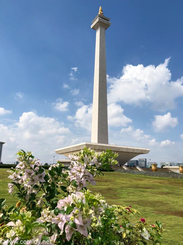 """独立記念塔""""モナス(MONAS)""""(Monumen Nasional)"""