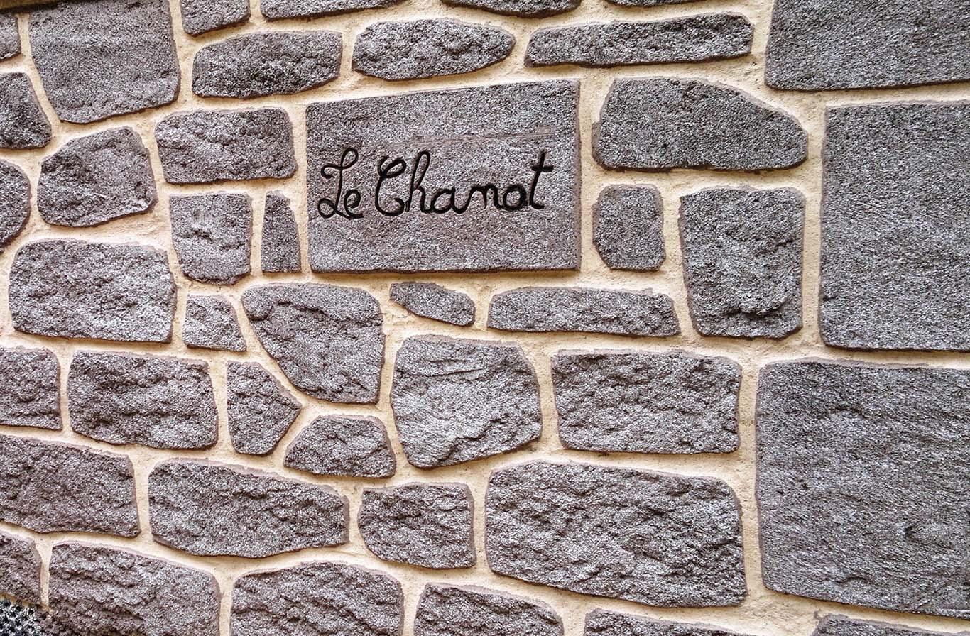 plaquette de parement imitation de granit en pierre reconstitué