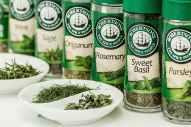 herbs-flavoring-seasoning-cooking