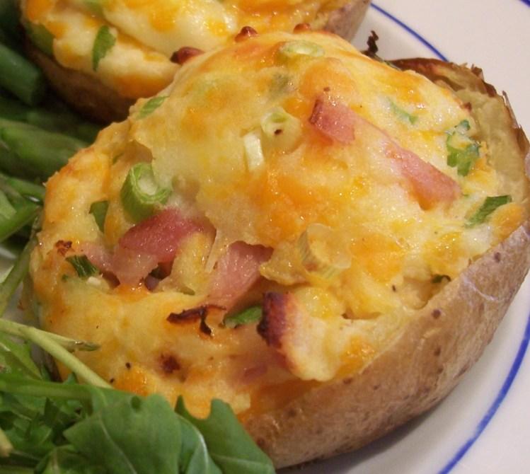 Stuffed Jacket Potatoes (Patatas rellenas) 1