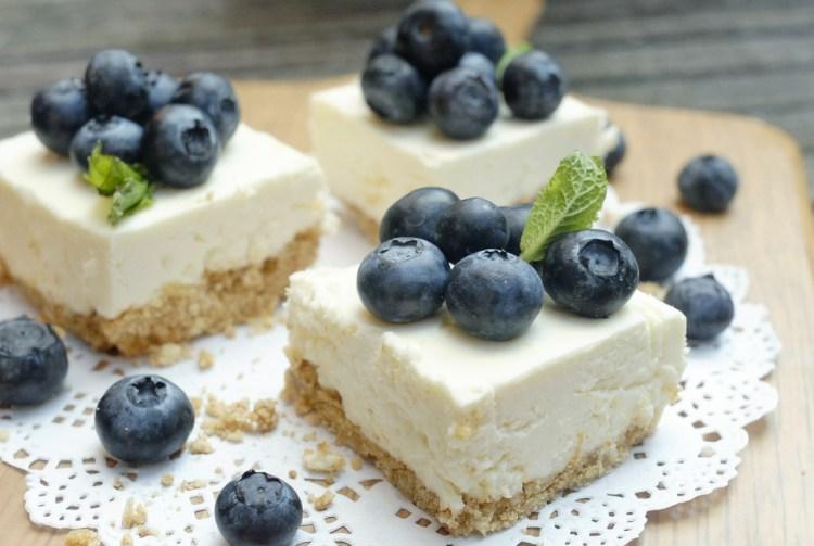Tarta de Mascarpone con frutas del bosque 1
