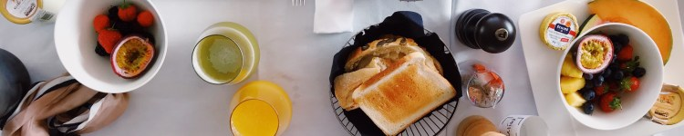 toasted-breads-served-on-bowls-1426715