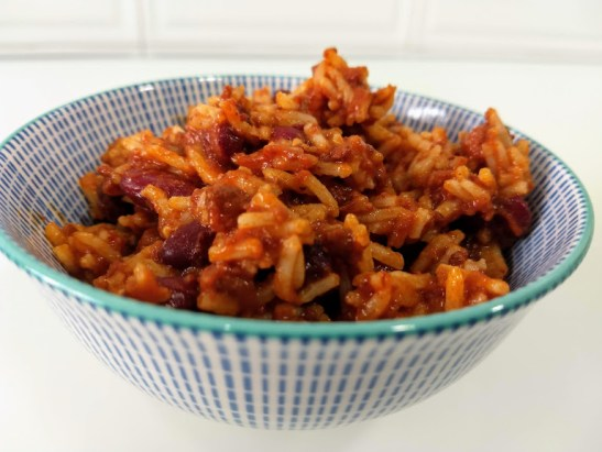 chili con carne y arroz