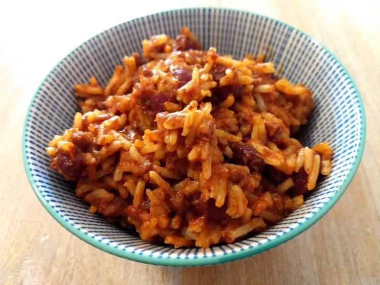 chili con carne y arroz