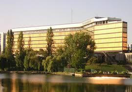 Comment contacter la préfecture du Val-de-Marne