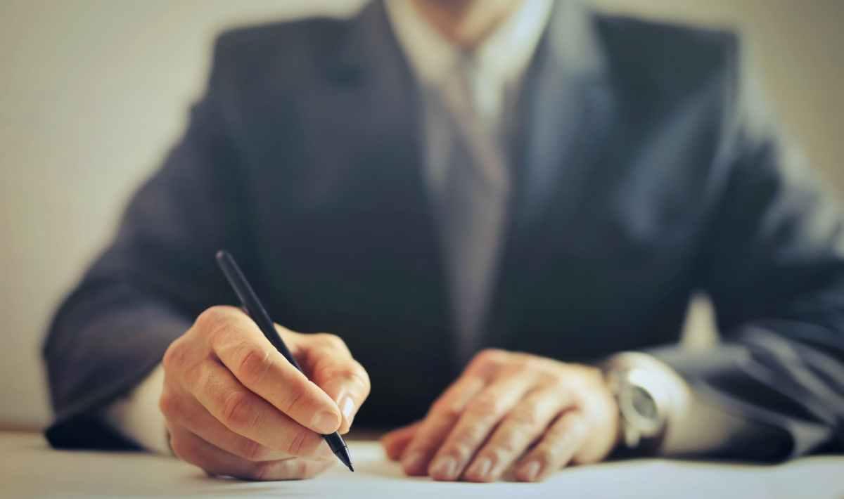 clôturer un contrat Financo