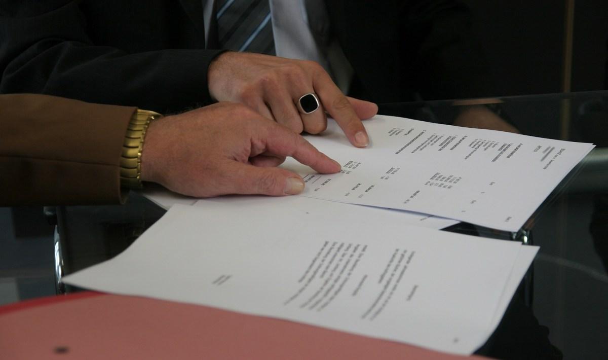 Comment résilier un compte ou un contrat souscrit chez Allianz Banque ?