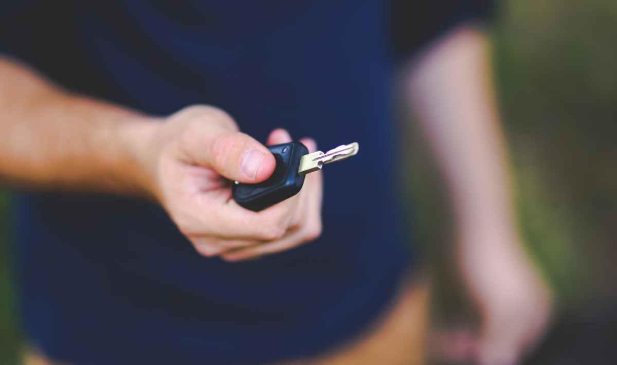 contacter le service litige assistance de Peugeot Assistance