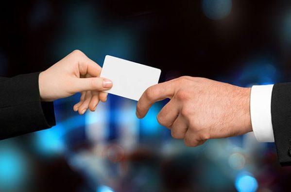 Le format carte de visite doit toujours être pensé pratique pour une réelle utilité