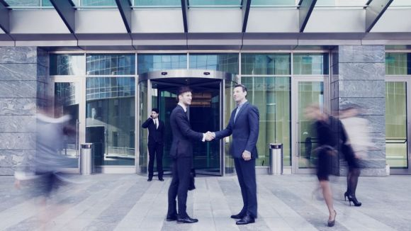 real estate agents shaking hands