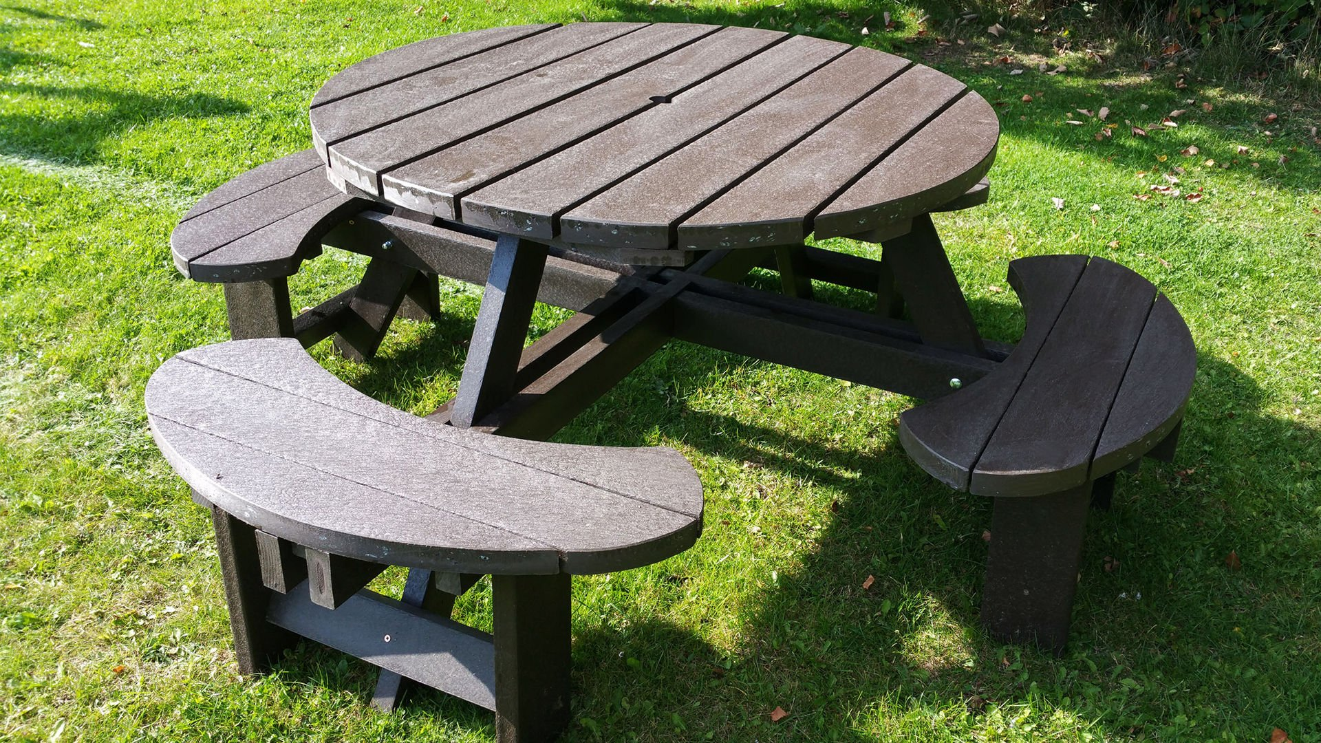 Recycled Plastic Composite Excalibur Picnic Table