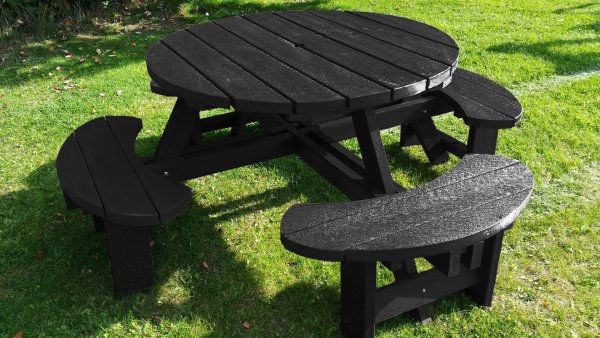 Black Plastic Excalibur Picnic Table