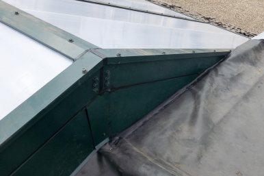 failed_fiberglass_skylight-3520