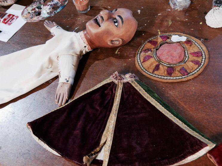 Un costume en restauration