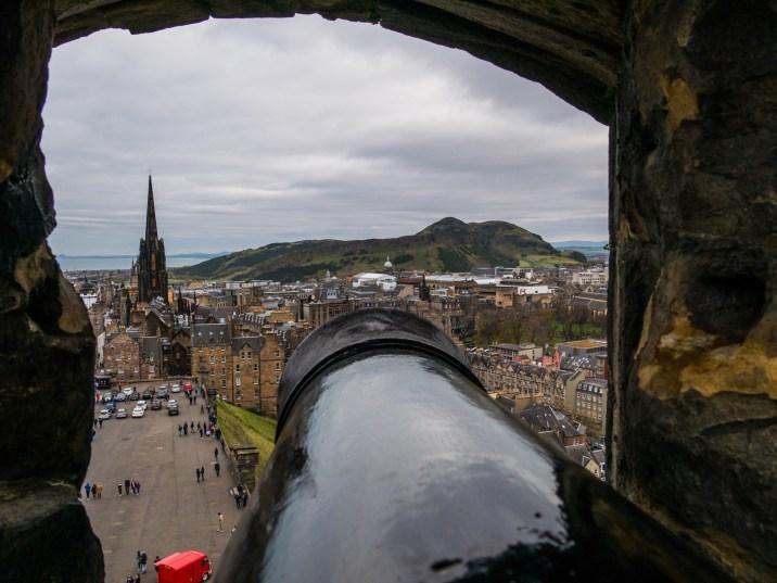 Canon du château