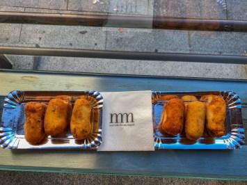 Tapas : croquettes au chorizo, fromage, jambon, homard...
