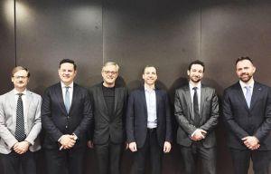 I rappresentanti delle aziende di AISMT e Norbert Lantschner (terzo da sinistra)