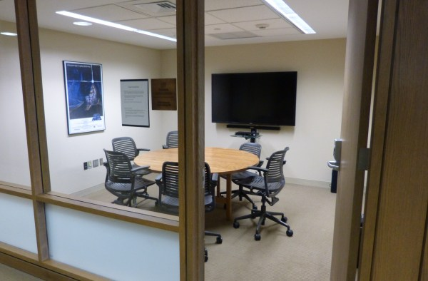 Reserving Library Group Study Rooms – Trinity College ...