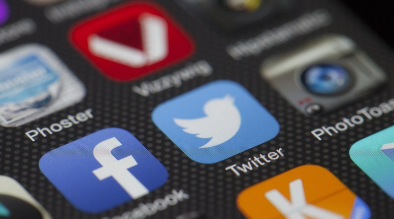 The use of Twitter by MPs in parliamentary debate